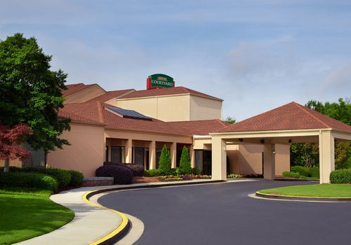 courtyard marriott atlanta airport south