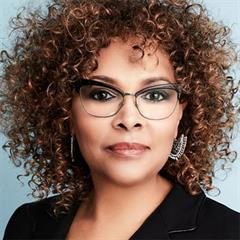 Spelman Visiting Professor Julie Dash
