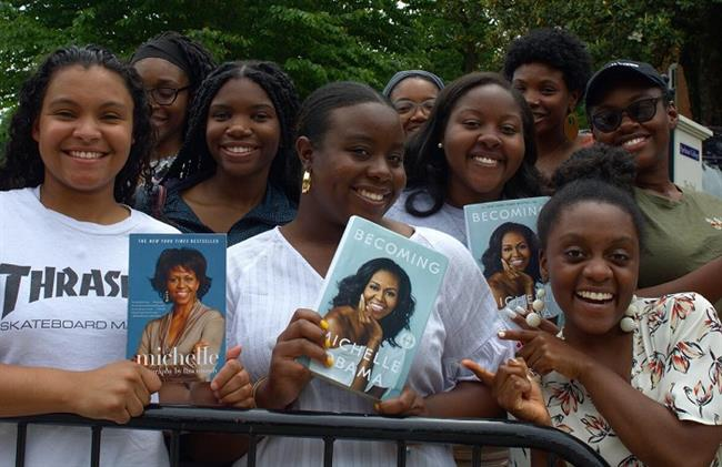 Michelle Obama Speaks to Spelman Students
