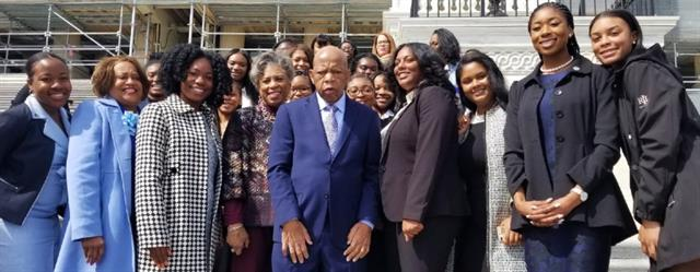 Spelman Students on the Hill with Anita Estell